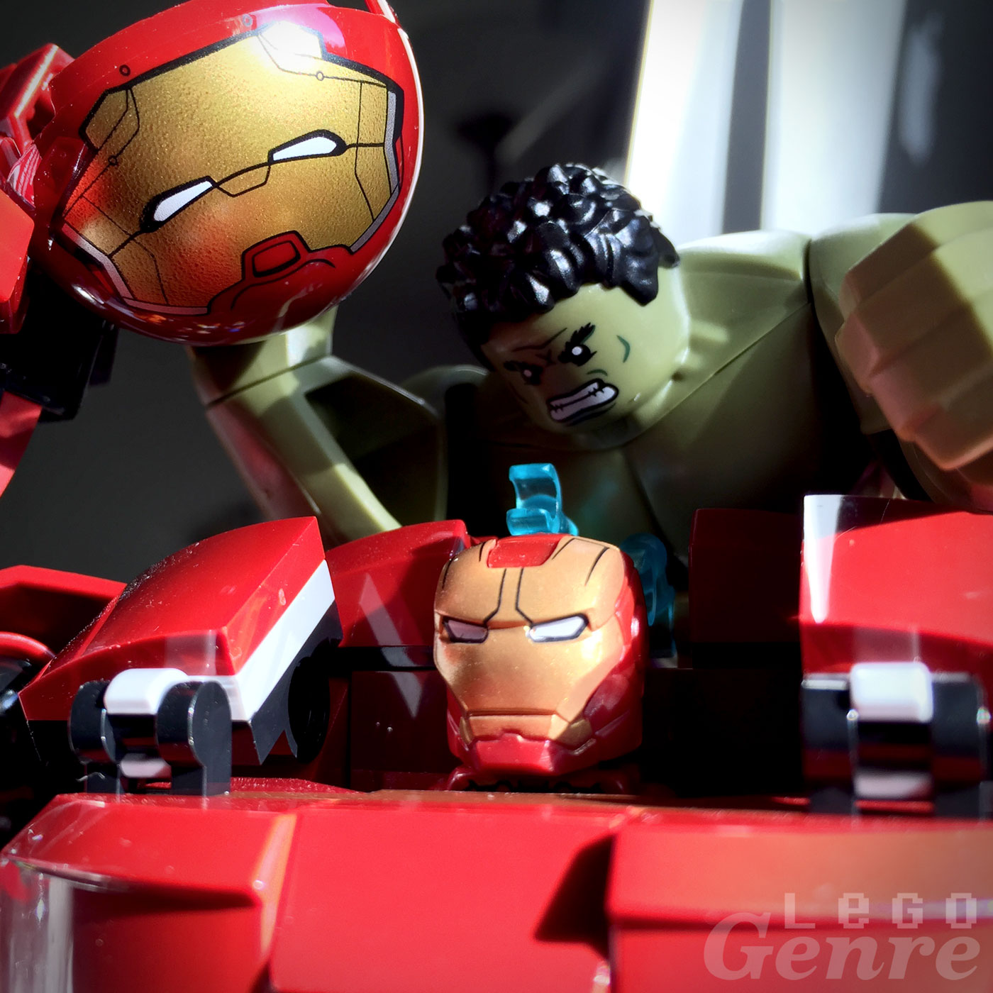 LegoGenre: Iron Man Vs. Hulk