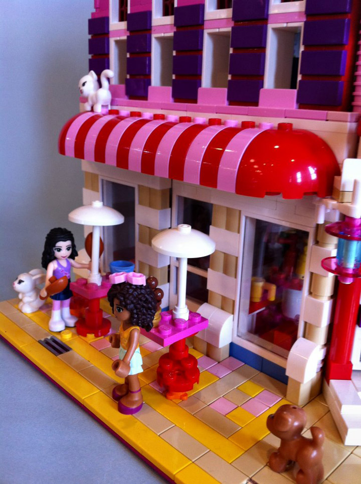 Lego Friends Lovely Hotel Side