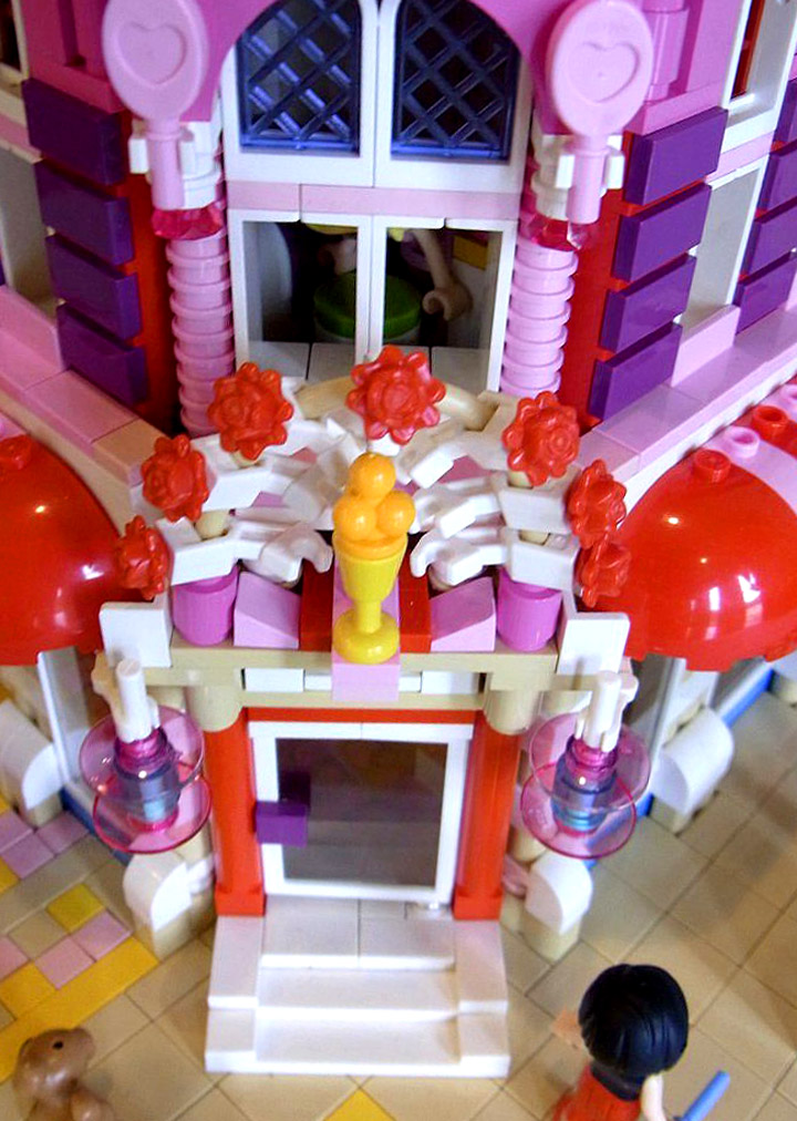 Lego Friends Lovely Hotel Doorway