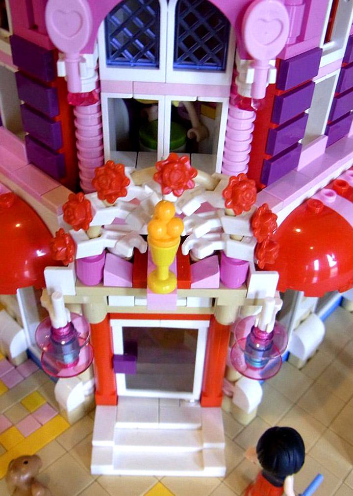Lego Friends Lovely Hotel Doorway