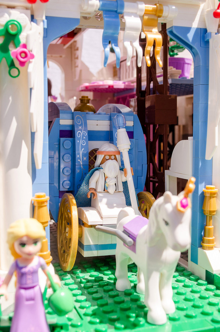 Hrczs1's Lego Friends Princess Castle Gate