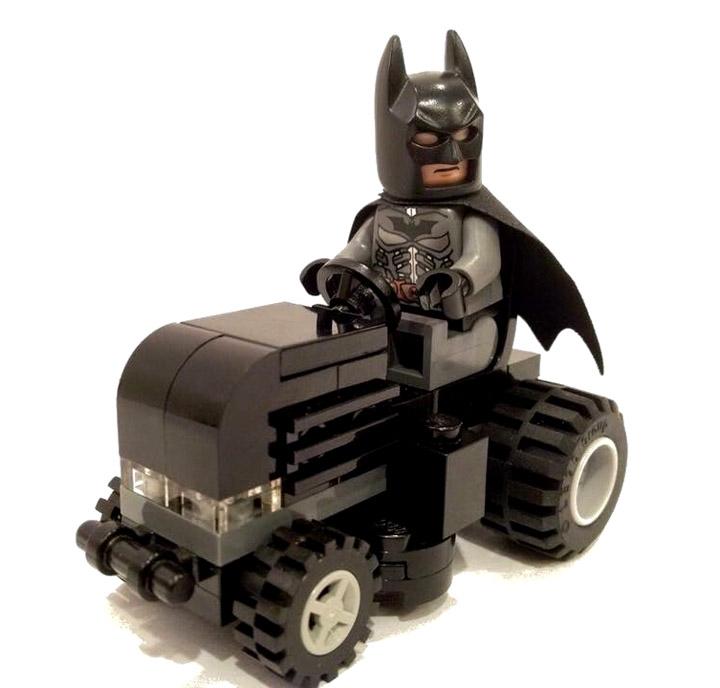 lego_panda's Lego Batman Bat MOWbile
