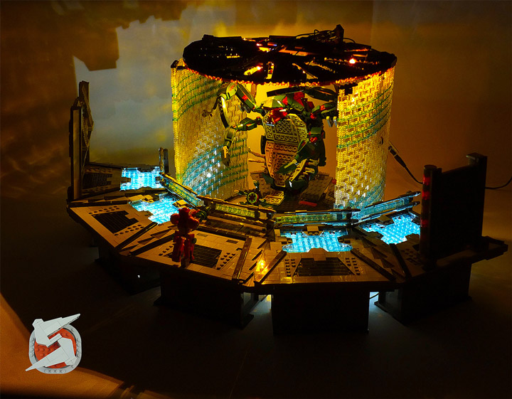 Jared Lego Metroid Parasite Queen Battle