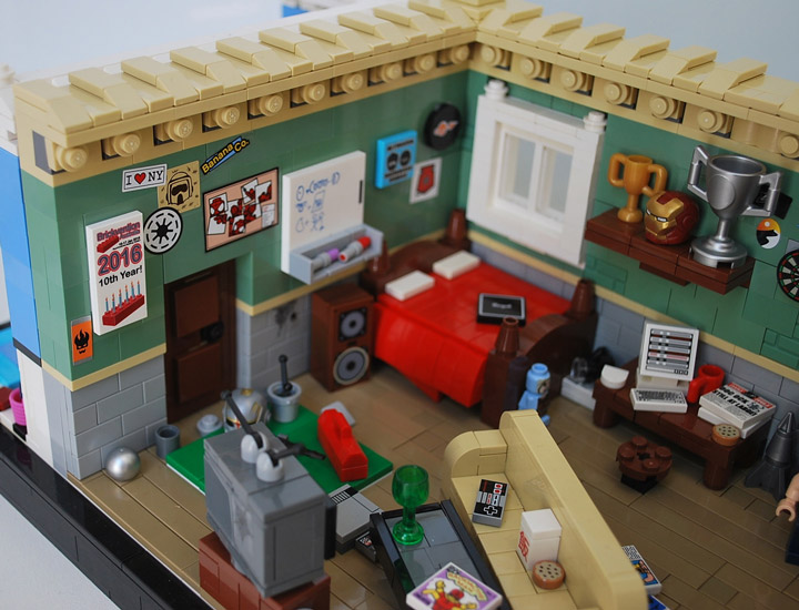 Ben Cossy Lego Spiderman Apartment Bed