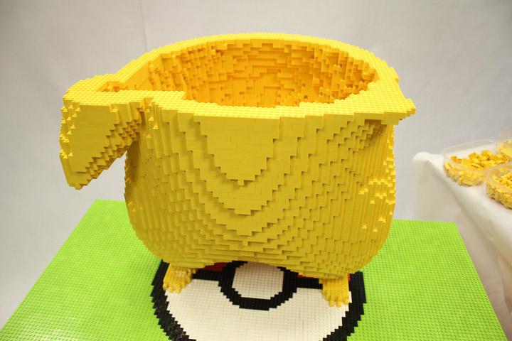 Game Mania Lego Giant Pikachu Build