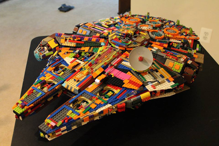 Peter De Smet Lego Star Wars UCS Millennium Falcon Recolor 01