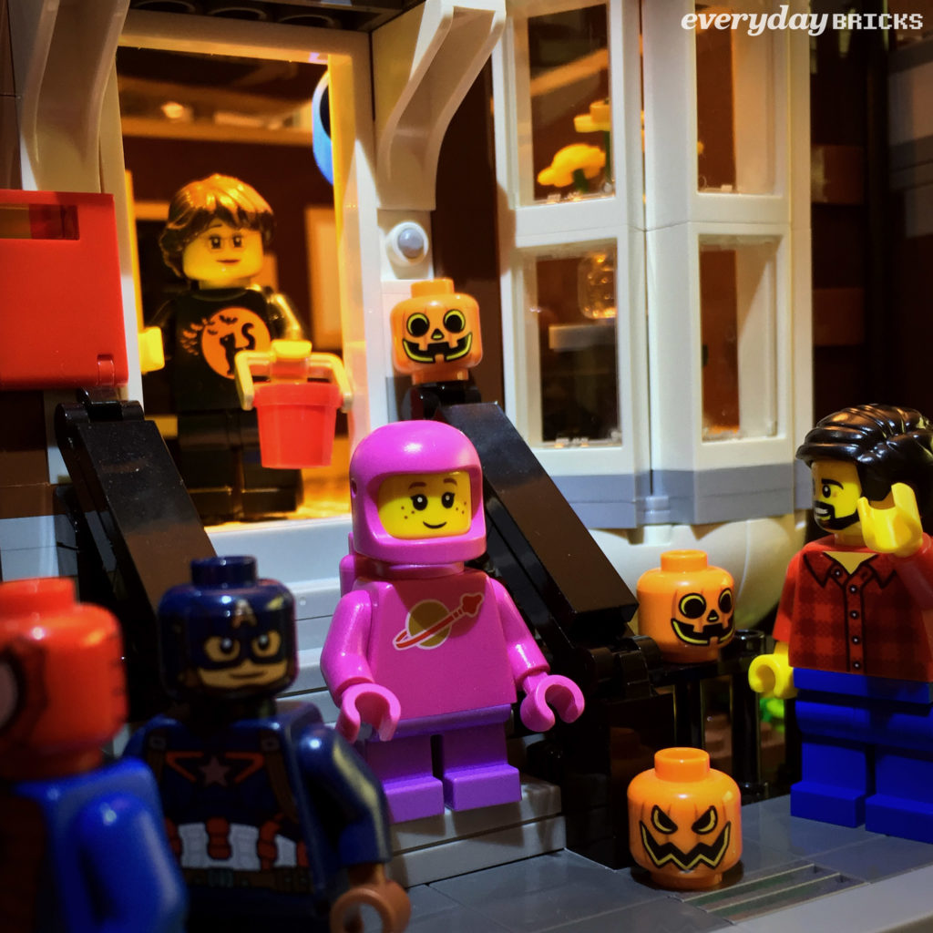 Everyday Bricks 00406: Trick or Treat