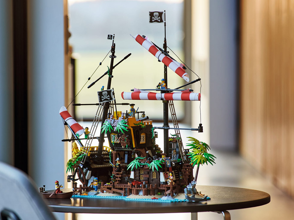 Lego Pirates Of Barracuda Bay (21322) Set
