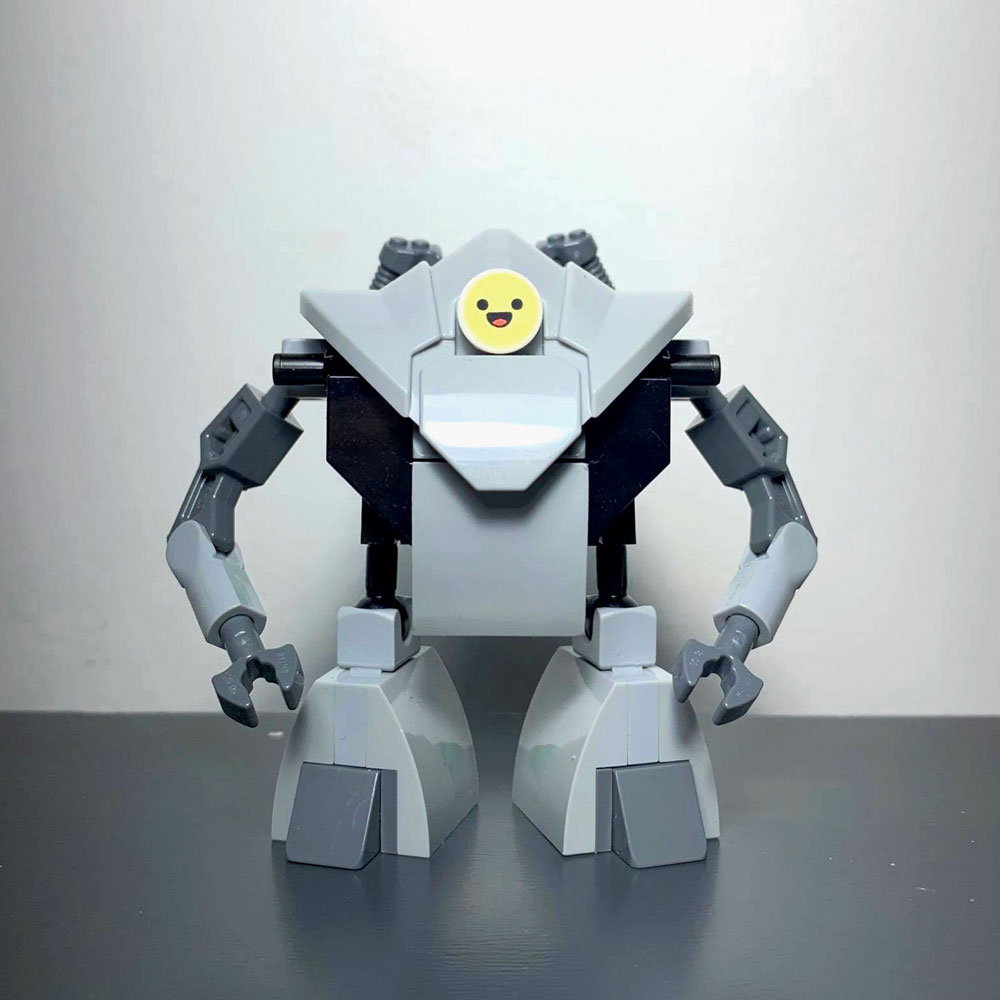 The Lego Household Arrival People Introducer Robot - Smile
