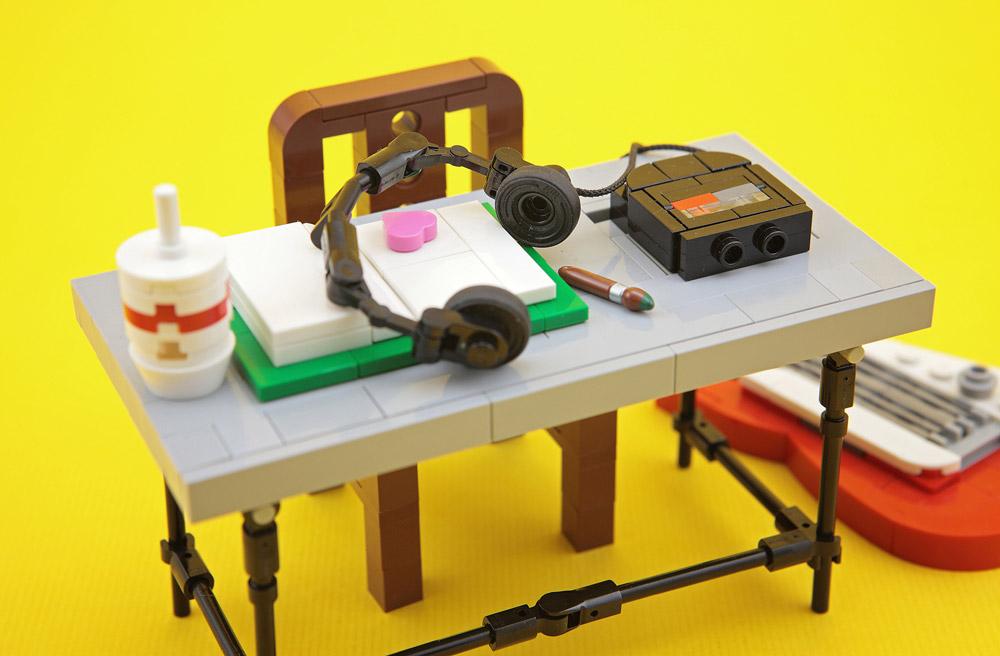 Rock And Roll Homework, Desk Details, Lego MOC