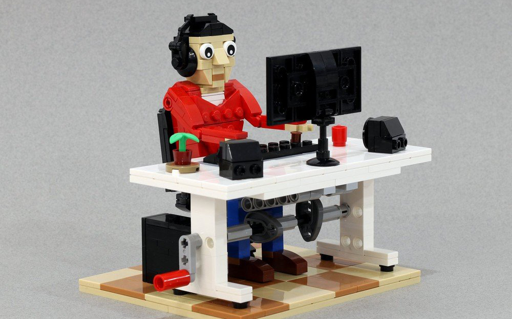 Compile Code With This Lego Automaton