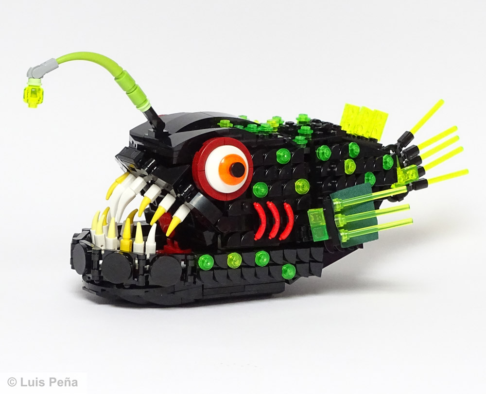 A Deep Dive With An Abyssal Fish - Lego MOC