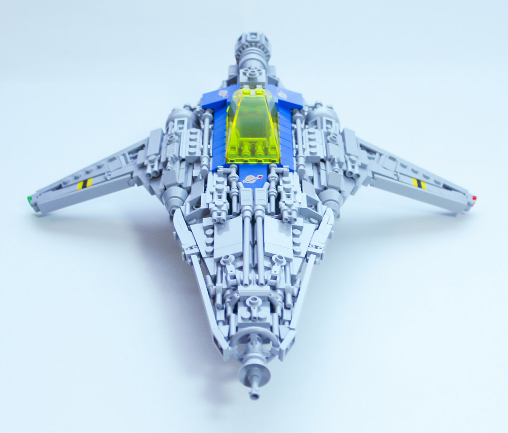 The LL-527 Falchion Starfighter Lego MOC Front View
