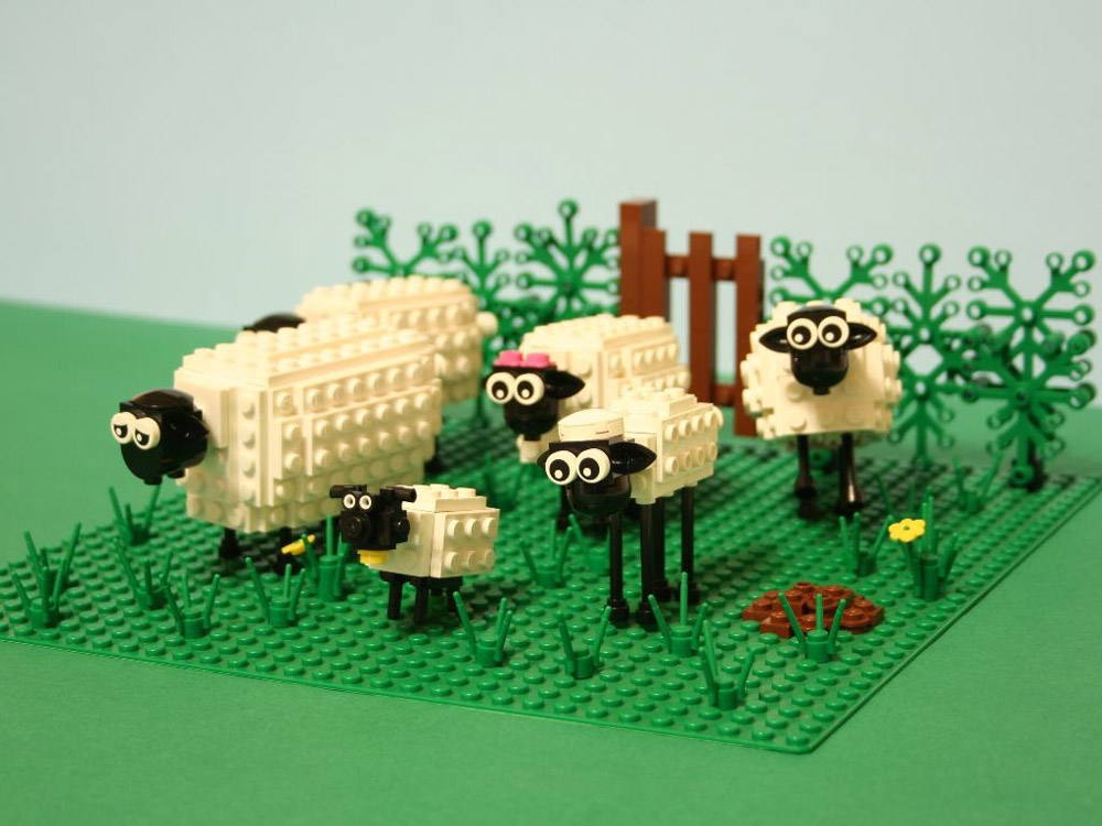 Shaun At The Sheepyard - Lego MOC