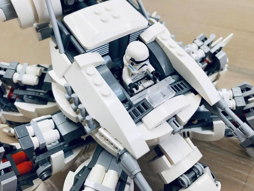 A Lego Bio-Storm Mechanical Spider Stormtrooper Detail