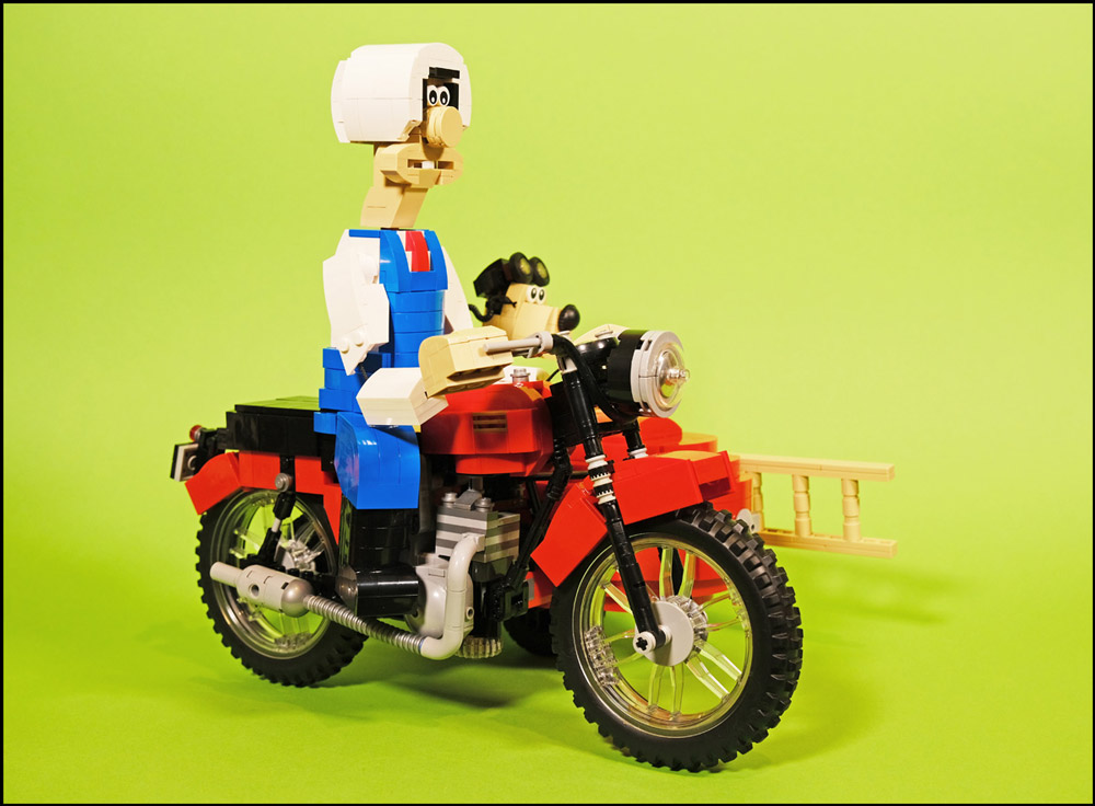 A Close Shave With Shaun, Wallace & Gromit, Lego MOC Motorcycle