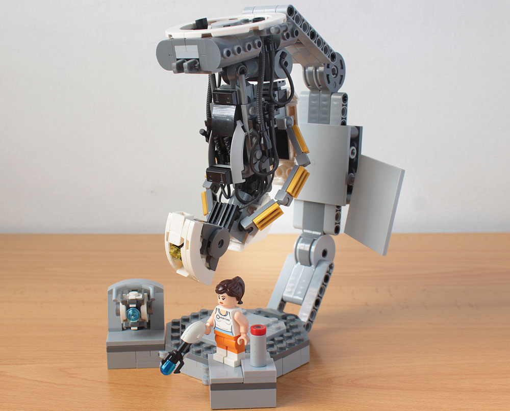 GLaDOS, Chell, And Wheatley - Portal 2 Lego
