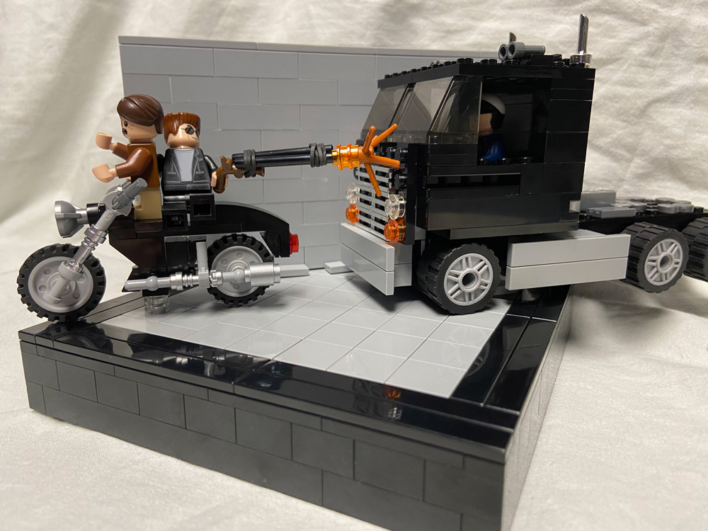 Terminator 2 Motorcycle Escape Lego Version