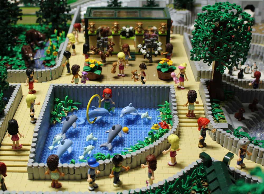 The Lego Friends Visit Animal Park! Lego Zoo MOC, Dolphins