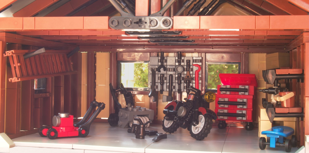 A Place To Keep All Your Tools: A Lego Garage.