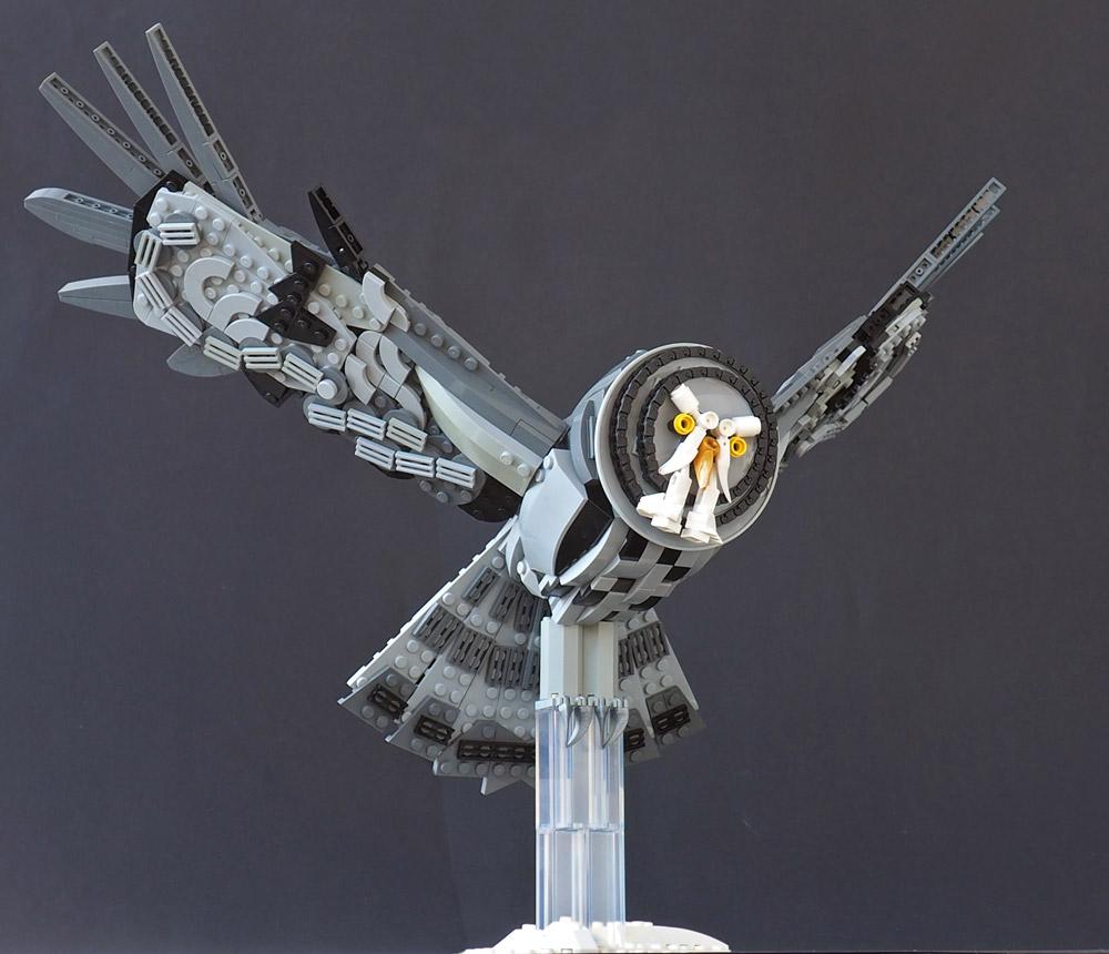 The Great Grey Owl Lego MOC