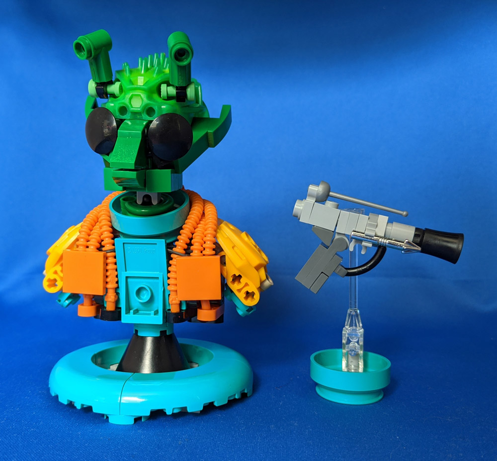 A Greedo Lego Star Wars Bust