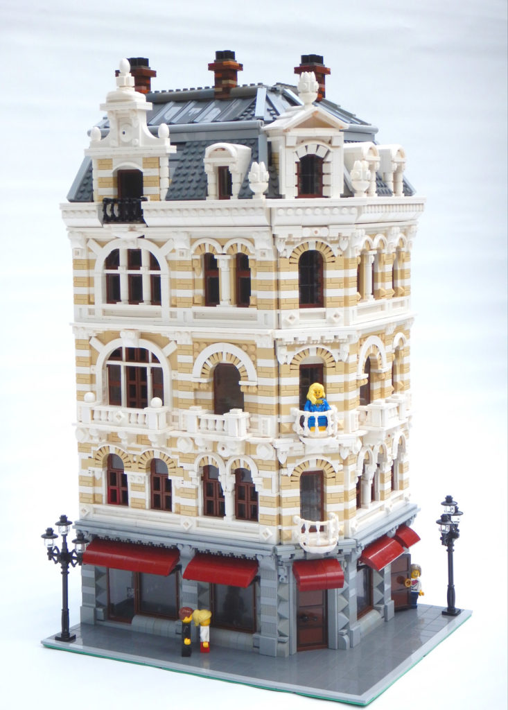 The Belle Epoche, A Lego Modular Style Building