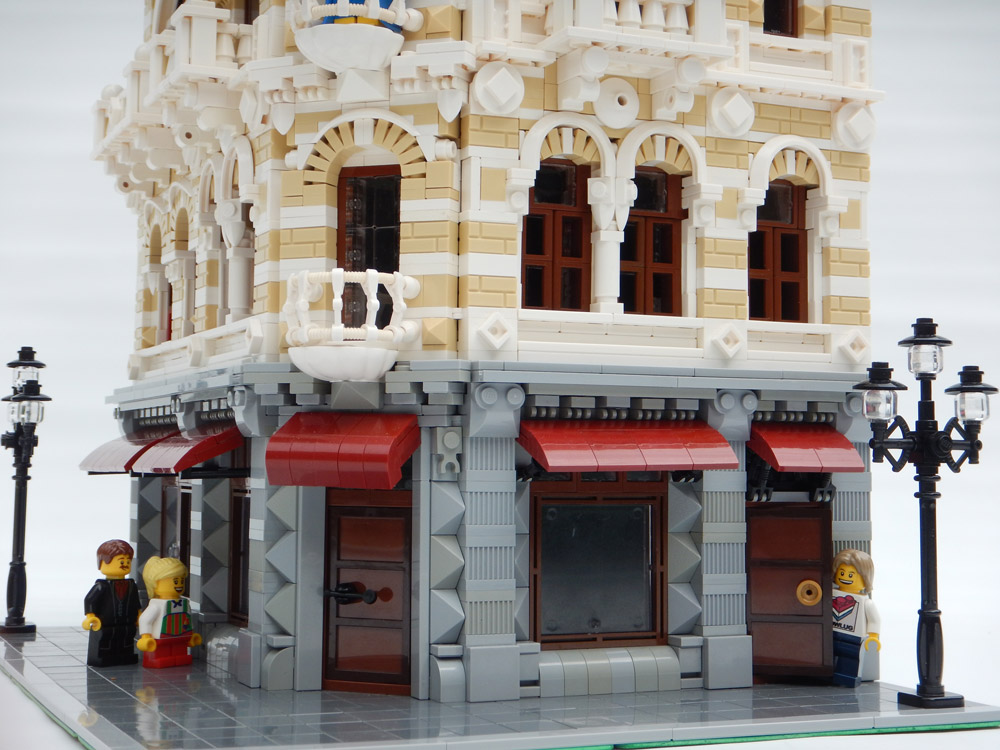 The Belle Epoche, A Lego Modular Style Building Entry Detail