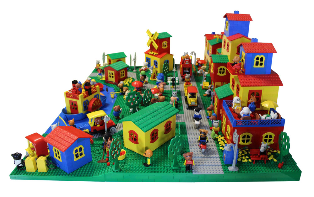 Bring Back Lego Fabuland Village - Old