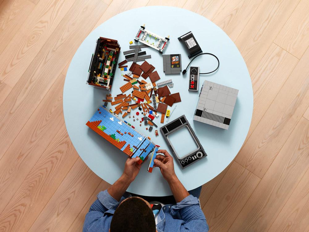 The Lego Nintendo Entertainment System (71374) Building Set