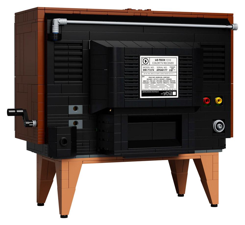 The Lego NES - Nintendo Entertainment System (71374) - TV Television