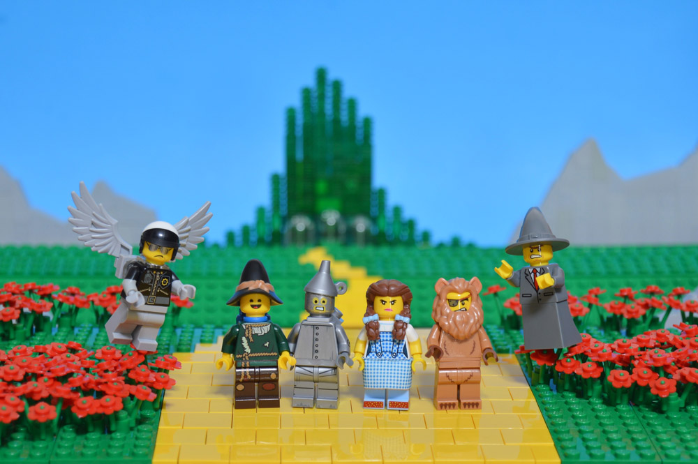 The Wizard Of Oz VS The Lego Movie